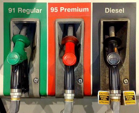 Diesel Gas Station Near Me >> Diesel Fuel Nozzles Don T Fit In Standard Fuel Cars Broken
