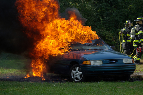 How Does Information Get On a CARFAX Report?   Broken Secrets